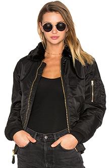Жіноча куртка бомбер Alpha Industries B-15 Slim Fit (Black) WJM44500C1
